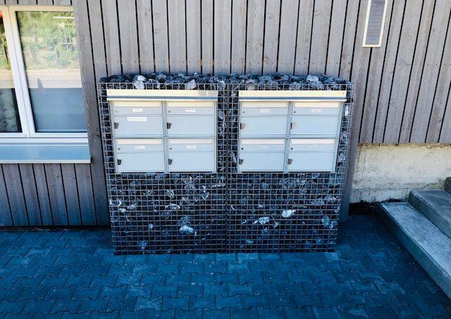 Boîtes aux lettres en gabions